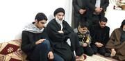 دیدار نماینده ولیفقیه در خوزستان با خانواده شهید دارخوین