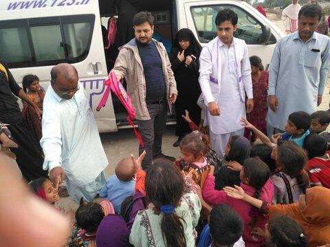 حوزویان پیشگامان خدمت در مناطق سیلزده سیستان