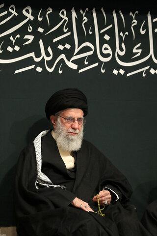 بالصور/ ليلة عزاء ذكرى استشهاد السيدة فاطمة الزهراء (سلام الله عليها) الأولى بحضور الإمام الخامنئي