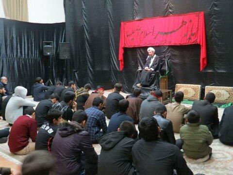 تصاویر/ سوگواری ایام فاطمیه در مدرسه علمیه امام باقر (ع) شهرستان کامیاران