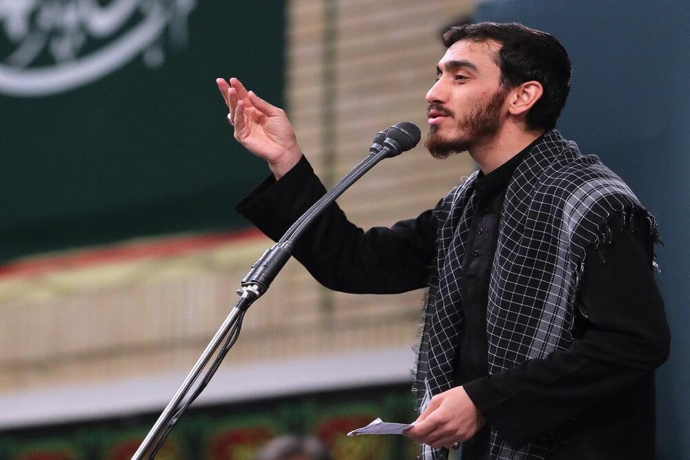 فیلم| مداحی مهدی رسولی در اربعین شهدای مقاومت