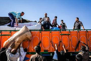 ارسال بیش از ۱۰۰ تن کالا از خوزستان به سیستان و بلوچستان