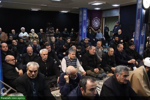 بالصور/ إقامة مجالس عزاء بمناسبة الأيام الفاطمية في مختلف أرجاء إيران