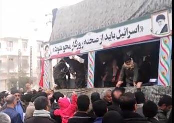 فیلم  تشییع شهدای گمنام در میبد