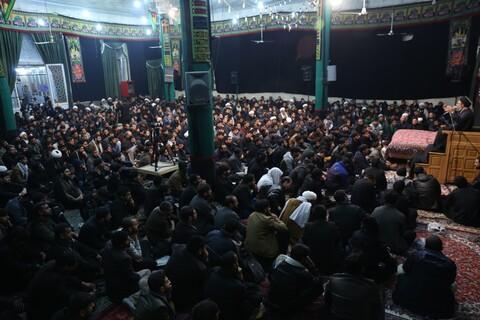 تصاویر/ عزاداری طلاب اردو زبان مقیم قم بمناسبت شام شهادت حضرت زهرا (س)