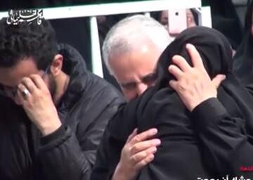 فیلم| بیتابی دختر شهید مدافع حرم در آغوش حاج قاسم