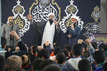 تصاویر/ عزاداری دانش آموزان اهوازی در عزای مادر سادات