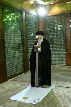 تصاویر/ حضور رهبر انقلاب در مرقد مطهر امام راحل و گلزار شهدای بهشت زهرا