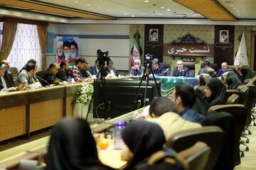 تصاویر/ نشست خبری استاندار قم به مناسبت آغاز دهه فجر انقلاب اسلامی
