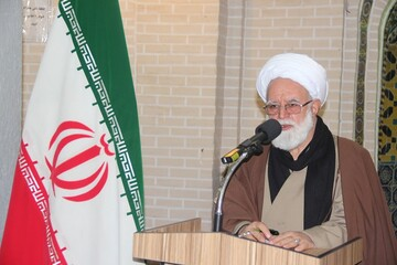 نسل جوان امام خمینی(ره) را بشناسند