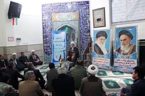 تصاویر/ دیدار اعضای ستاد گرامیداشت دهه فجر با نماینده ولی فقیه در خراسان شمالی
