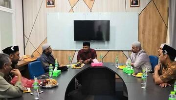 العتبة الحسينية تبحث التعاون المشترك مع أكبر الجامعات الاسلامية في إندونيسيا
