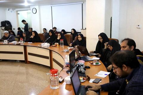 نشست خبری با موضوع سی و هشتمین جشنواره فیلم فجر در قم