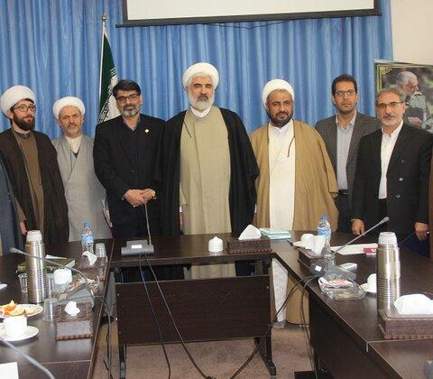 مدیر کل کمیته امداد امام خمینی
