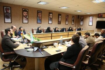 تصاویر/ نشست تخصصی بررسی نقش شهید حاج قاسم سلیمانی در حمایت از مسیحیان سوریه و عراق در جنگ با داعش