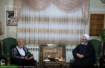 انقلاب اسلامی مرهون خون شهدا است