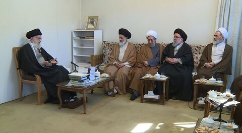 Imam Khamenei: Enemy is to identify, hit points of strength of our revolution