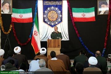 بالصور/ مراسيم الاحتفاء بعشرة الفجر ذكرى انتصار الثورة الإسلامية الإيرانية في مدرسة المعصومية العلمية بقم المقدسة
