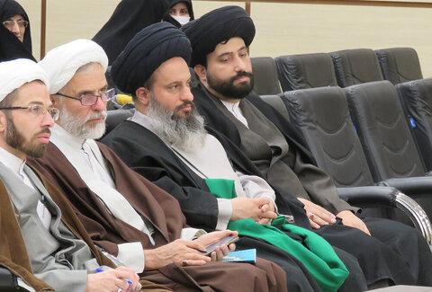 بالصور/ اختتام المهرجان السادس للعلامة الحلي في مدينة يزد الإيرانية