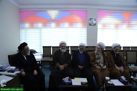 بالصور/ اجتماع المجلس الأعلى للحوزة العلمية لمحافظة أذربيجان الشرقية