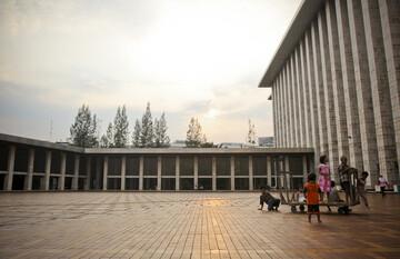 مسجد جامع و کلیسای اندونزی بوسیله تونل به یکدیگر متصل میشوند