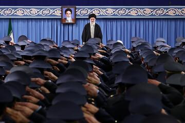 صوت کامل بیانات رهبر انقلاب در دیدار فرماندهان و کارکنان نیروی هوایی ارتش