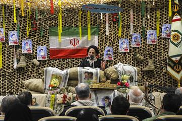 ۲۲ بهمن روز عزت و اقتدار  ایران است