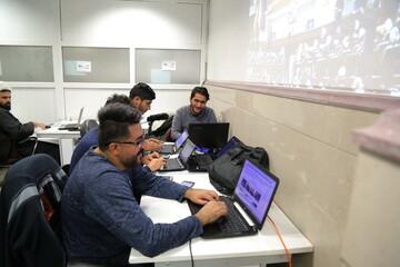 تصاویر/ فعالیت خبرنگاران در مراسم اربعین شهیدان حاج قاسم سلیمانی و ابومهدی المهندس