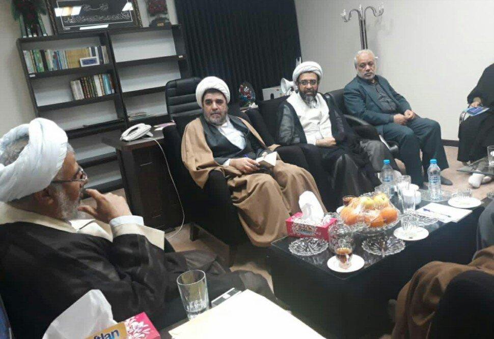 تصاویر/ سفر مسئول مرکز امور صیانتی حوزه های علمیه به هرمزگان