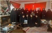 خانم دباغ  برای تثبیت انقلاب اسلامی تمام قد ایستادگی کرد