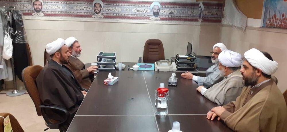 بازدید نماینده ولی فقیه در سپاه پایگاه مقاومت بسیج شهدای روحانی
