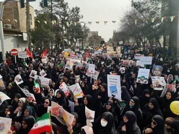 تصاویر / راهپیمایی ۲۲ بهمن در کاشان