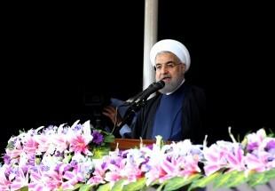 الرئيس روحاني: لن نستسلم أمامكم وسنرغمكم يوماً ما على الإستسلام والرضوخ أمام الشعب الإيراني