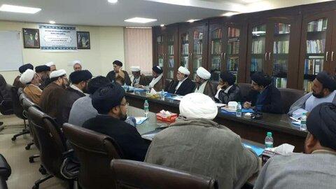 تصاویر/ دیدار آیتالله اعرافی با شورای سیاستگذاری ائمه جمعه شیعیان هند