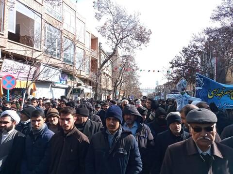 تصاویر/ حضور روحانیون و طلاب اهر و جلفا در راهپیمایی ۲۲ بهمن