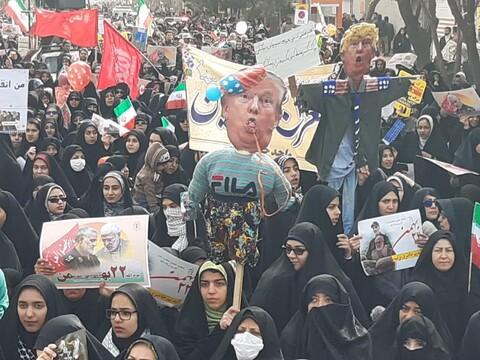 تصاویر / حضورپرشور مردم کاشان در راهپیمایی 22 بهمن