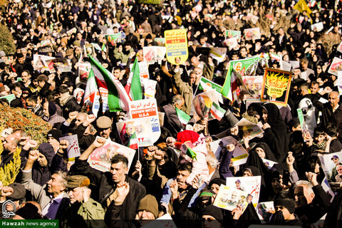 حضور حماسه ساز مردم اصفهان در یوم الله 22 بهمن