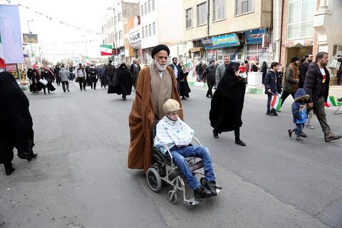 تصاویر/ حضور مراجع،علما و روحانیون در راهپیمایی 22بهمن