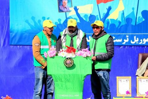 تصاویر/ راهپیمایی باشکوه 22 بهمن در کرگل هند
