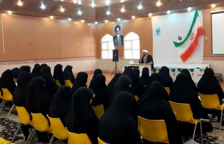 نشست سیاسی «راز ماندگاری انقلاب اسلامی» برگزار شد