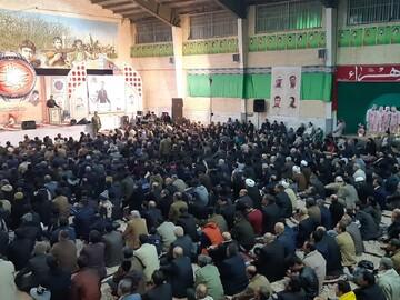 تصاویر/ اربعین سردار سلیمانی و سالگرد شهدای مدافع امنیت در کاشان