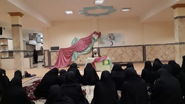 شرکت بانوان طلبه بناب در جشن بزرگ میلاد حضرت زهرا(س)