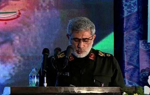 فیلم| قرائت وصیت نامه حاج قاسم توسط سردار قاآنی