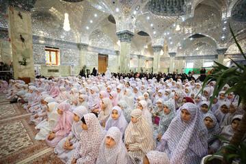 جشن تکلیف ۵۰۰ دختر در حرم مطهر عسکریین(ع) + تصاویر