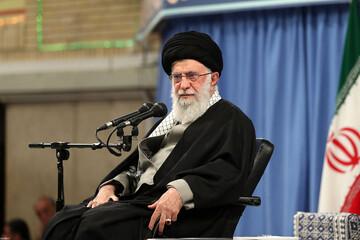 صمود الشعب الإيراني أمام ضغوط الغول الأمريكي المتوحّش أذهل العالم