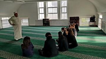 Colwyn Bay pupils visit Llandudno Junction mosque in Wales