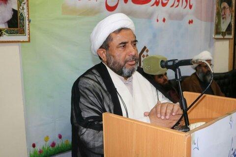 تصاویر/ سمینار «انقلاب اسلامی یادآور مجاهدتهای شهدا» در اسلامآباد