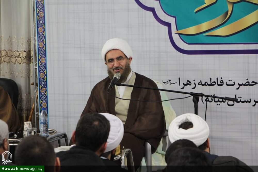 تصاویر / گردهمایی طلاب و روحانیون شهرستان میانه