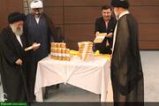 """بالصور/ إزاحة الستار عن كتاب """"بيان الخطوة الثانية للثورة الإسلامية والحضارة الإسلامية الحديثة"""" بالأهواز جنوبي إيران"""