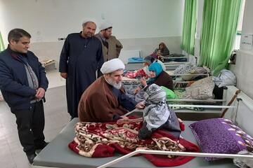 امام جمعه بویین زهرا به خانه سالمندان رفت+ عکس